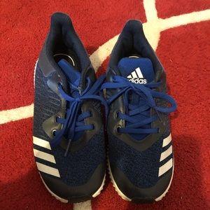 Boys Adidas Tennis shoes blue